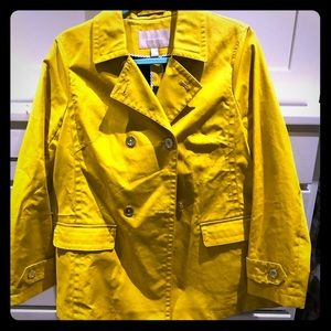 Banana Republic rain resistant trench